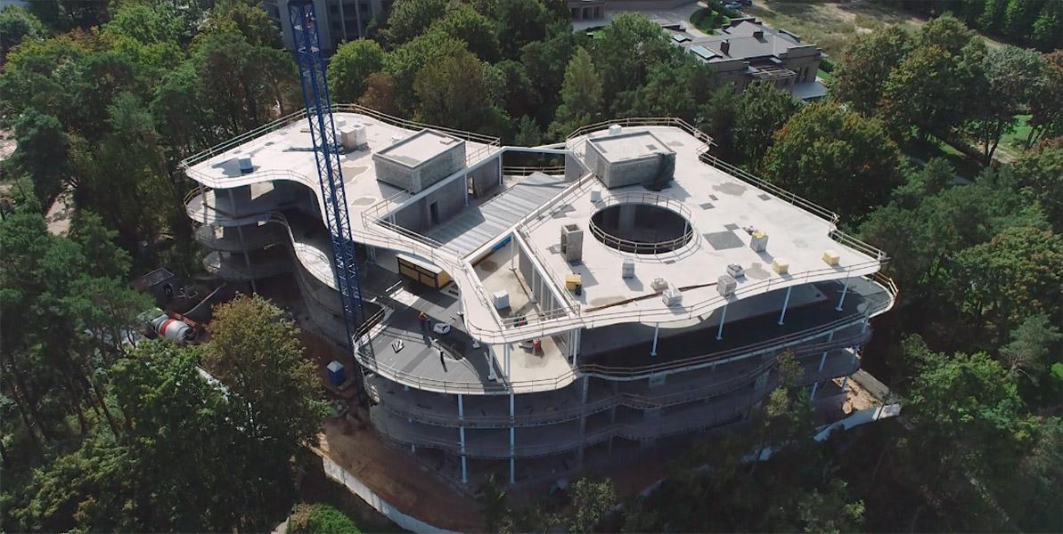 Ciel Rouge Création - Actualité - Modernité, luxe et nature: immeuble d'appartements et loisir à Jurmala, Lettonie