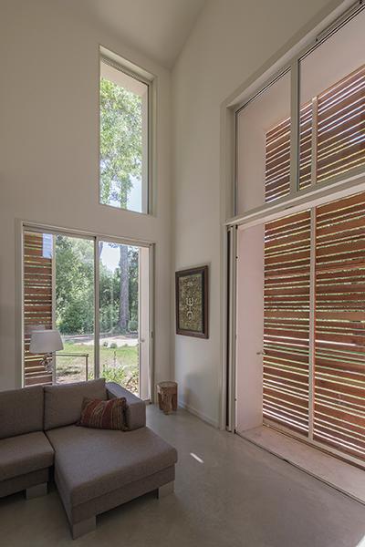 Maison Saint martin de la Garrigue architecture environnementale en France près de Montpellier