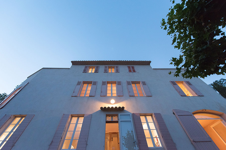 Ciel Rouge Creation - architect Henri Gueydan - Renewal of an old house in Provence
