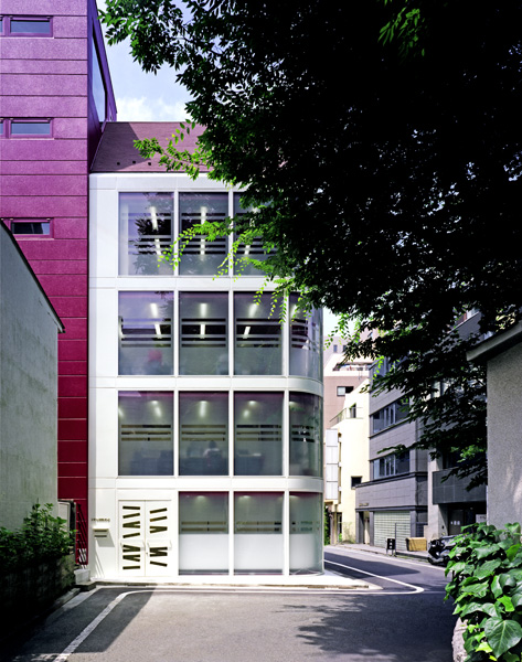 Ciel Rouge Création - Architecture - Tertiaire et aménagements de bureaux - Immeuble KBP International à Tokyo - Japon